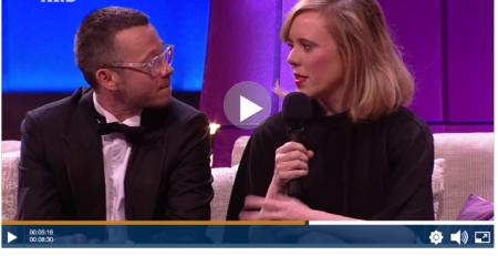 Wortezauber in der Podcastjury. Gewonnen hat Christina Wolf, hier mit ihrem Freund Henri bei der Verleihung des Deutschen Hörbuchpreises