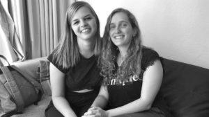 Sanja Baumann und Maike Hartmann beim Interview über Songtexten